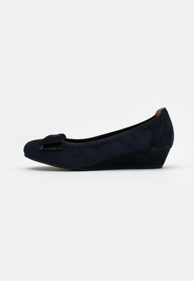 COURT SHOE - Keilpumps - ocean