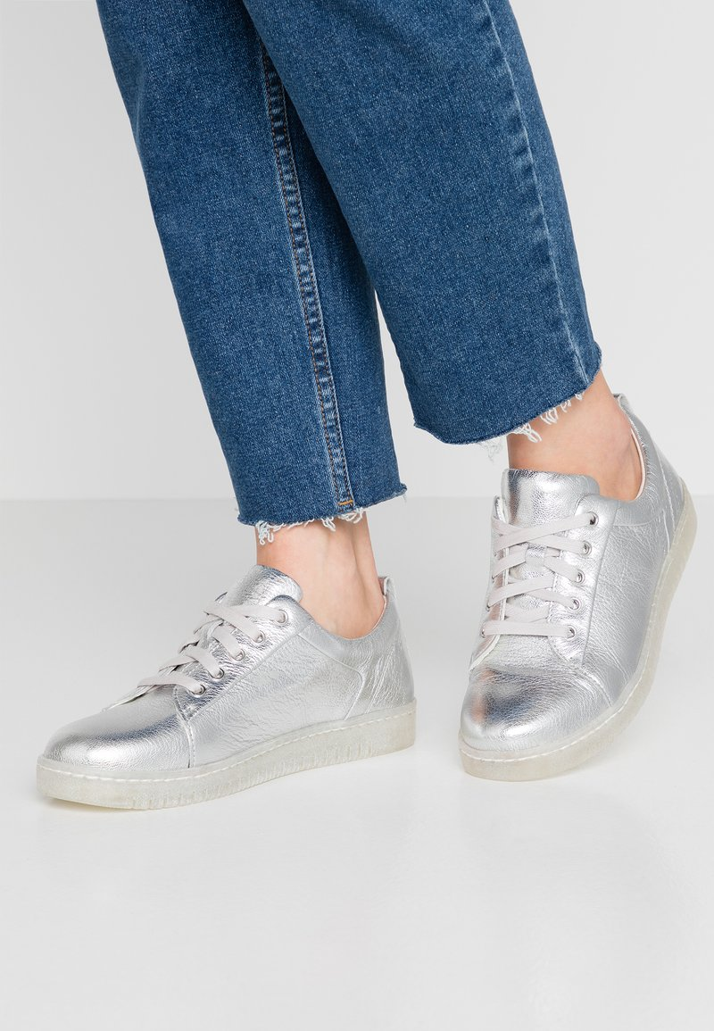 Caprice - Trainers - silver