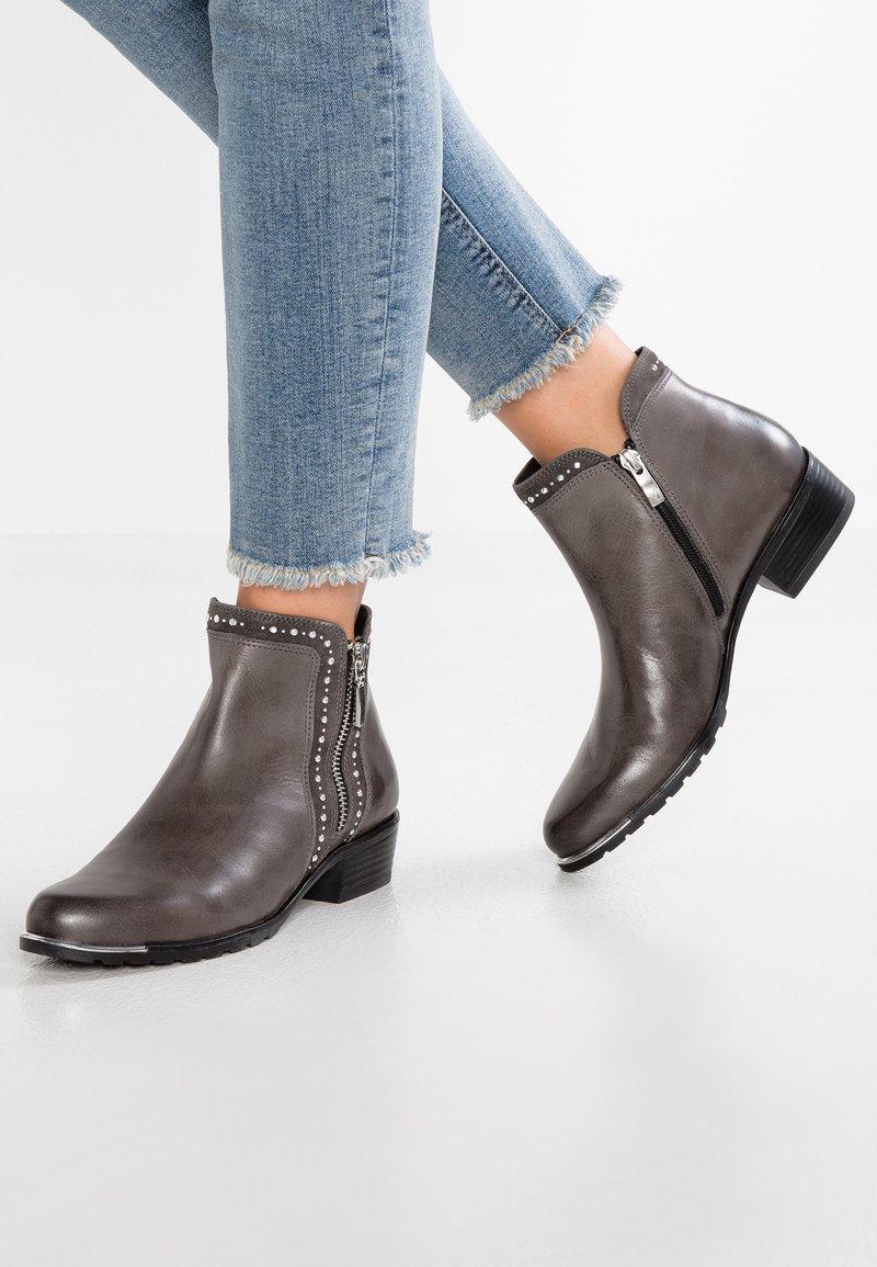 Caprice - Ankle Boot - dark grey