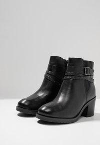 Caprice - Cowboystøvletter - black - 4