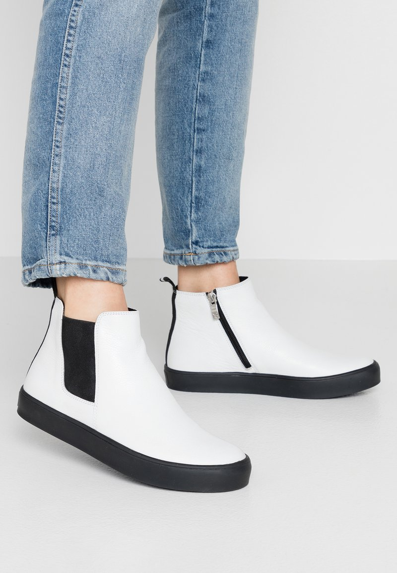 Caprice - Ankle boots - white