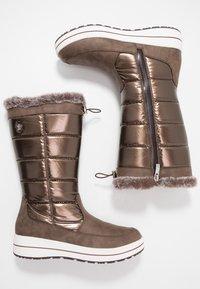 Caprice - Zimní obuv - bronce - 3