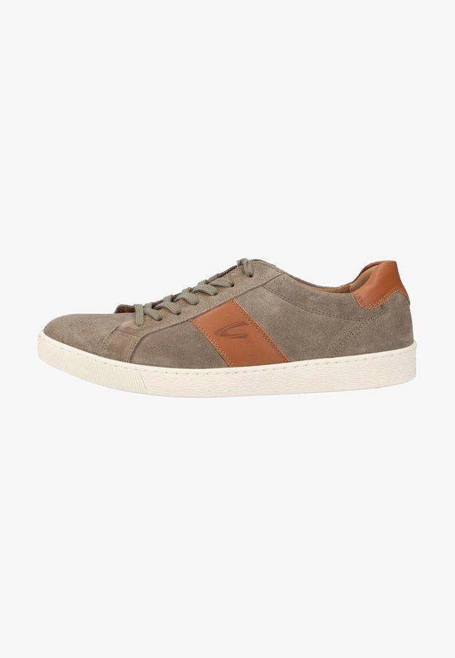 Sneakers - salvia/nature