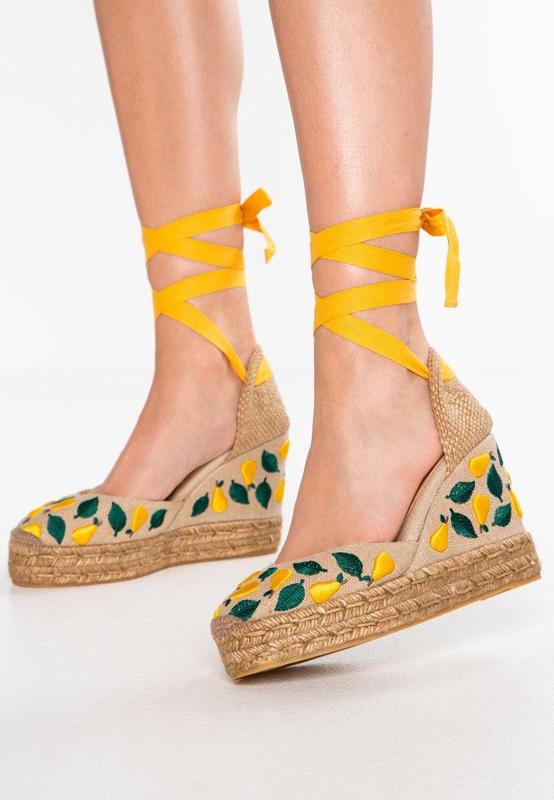 Castañer - CARINA - High heels - natural/amarillo