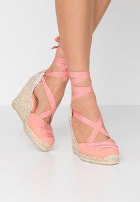 Castañer - CUCU  - Sandály na vysokém podpatku - albaricoque - 0