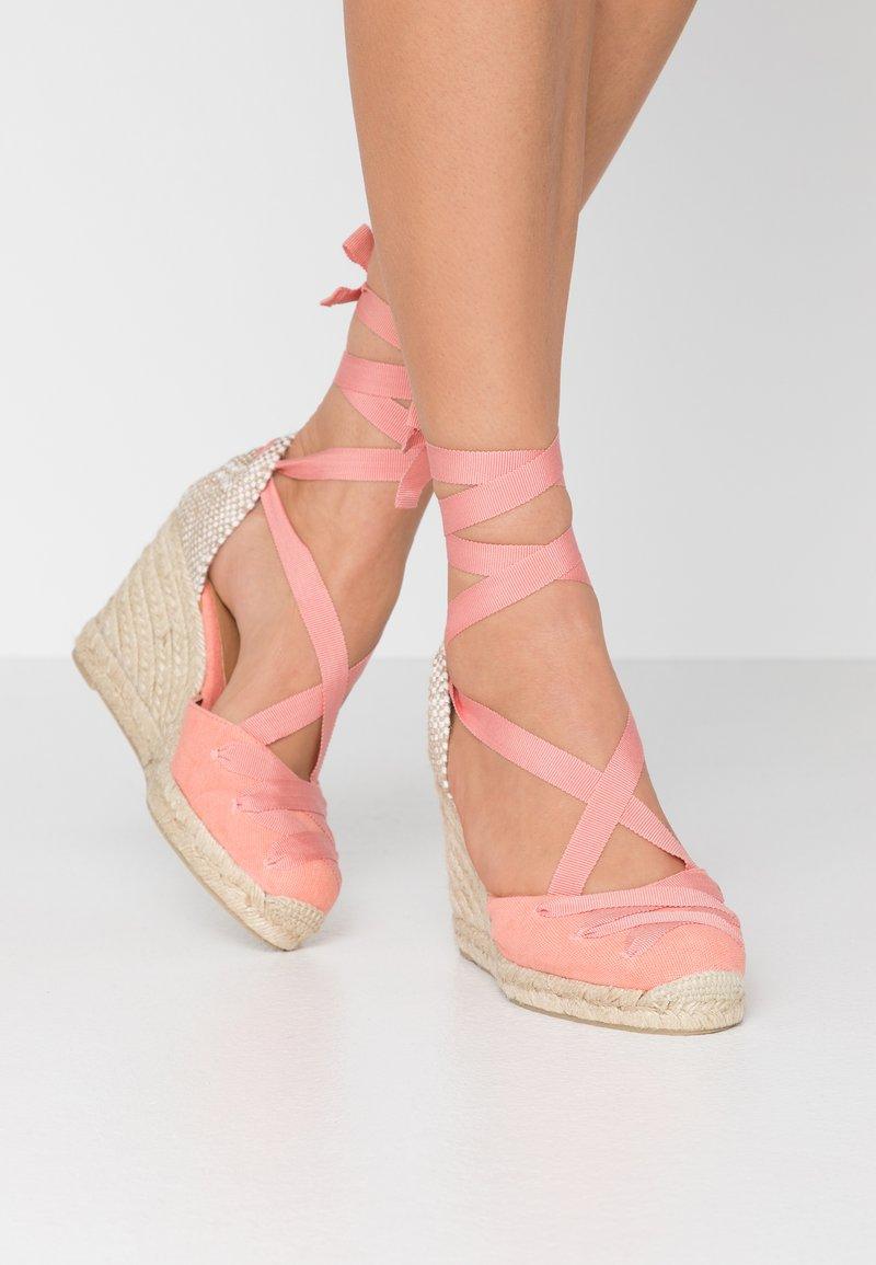 Castañer - CUCU  - Sandály na vysokém podpatku - albaricoque