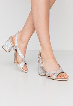 Sandaler - offwhite
