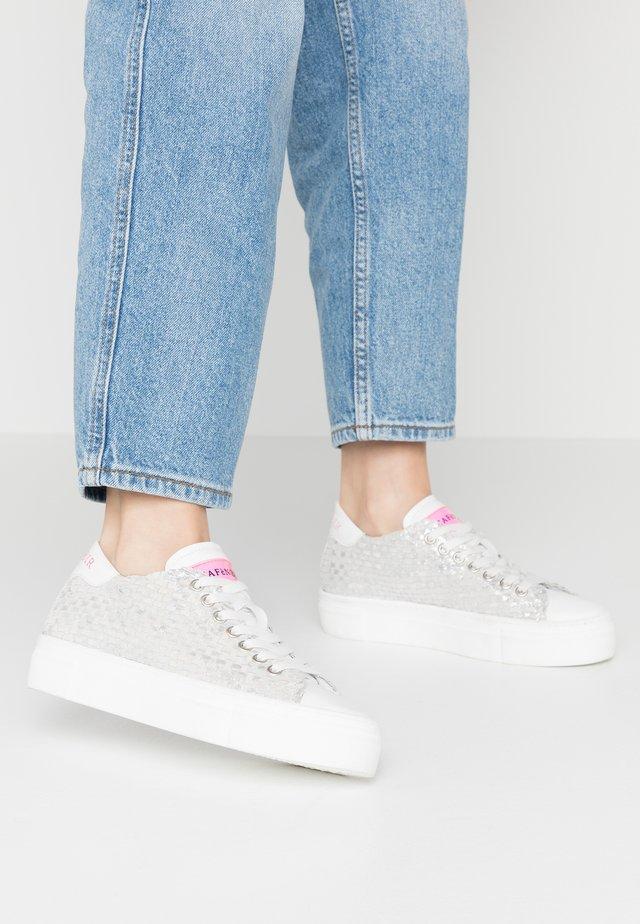 Sneakersy niskie - argento