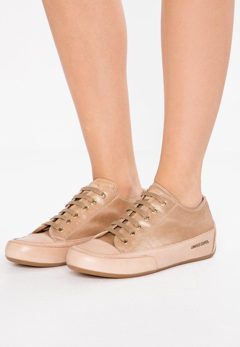 Candice Cooper - ROCK SHAZAM - Sneakers - caramel/legno
