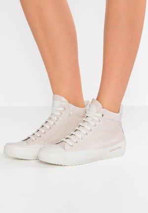 PLUS SPORT - Sneakers high - tamp sandy/ base tamp panna