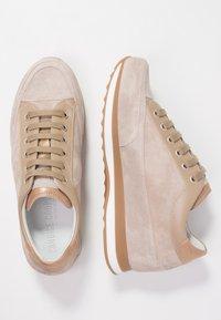 Candice Cooper - ROCK SPORT - Sneakers - sabbia/pioppino - 3