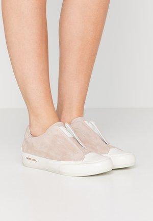 PALOMA - Nazouvací boty - tamponato/panna