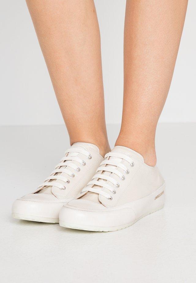 Sneakers laag - beige/panna