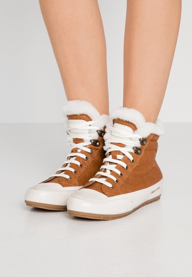 VANCOUVER - High-top trainers - trapper/ tamponato panna