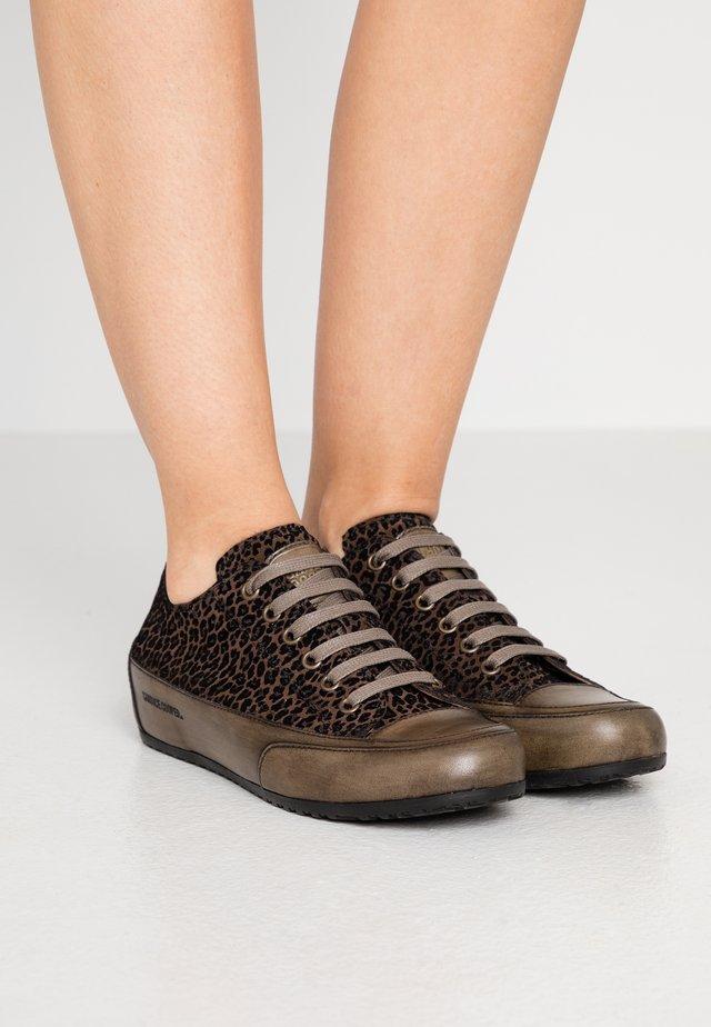ROCK - Sneaker low - militare