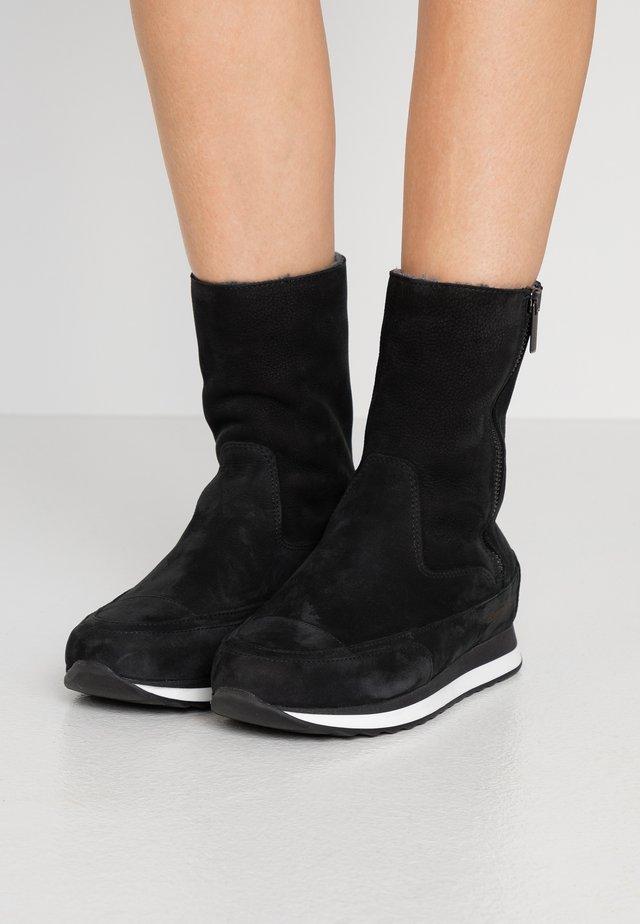 VERMONT - Kotníkové boty - nero