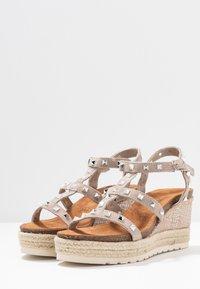 Carmela - Wedge sandals - taupe - 4
