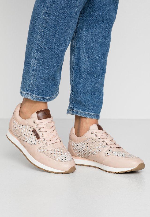 Sneakersy niskie - nude