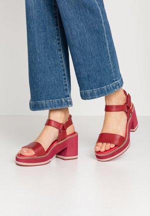 High heeled sandals - burgundy