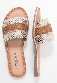 Carmela - Pantofle - gold - 3