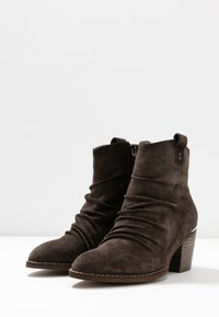 Carmela - Ankle boots - taupe - 4