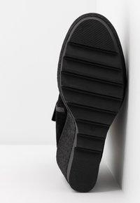 Carmela - High heeled ankle boots - black - 6
