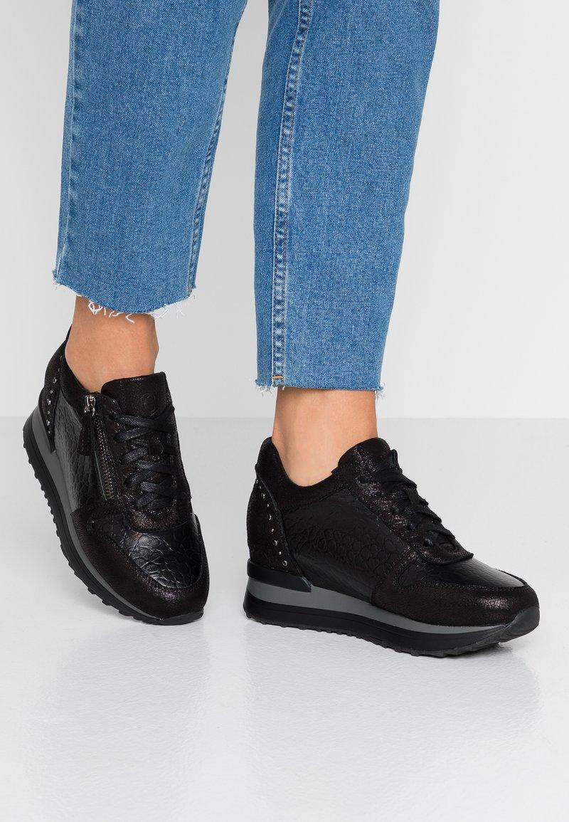 Carmela - Sneakers laag - black
