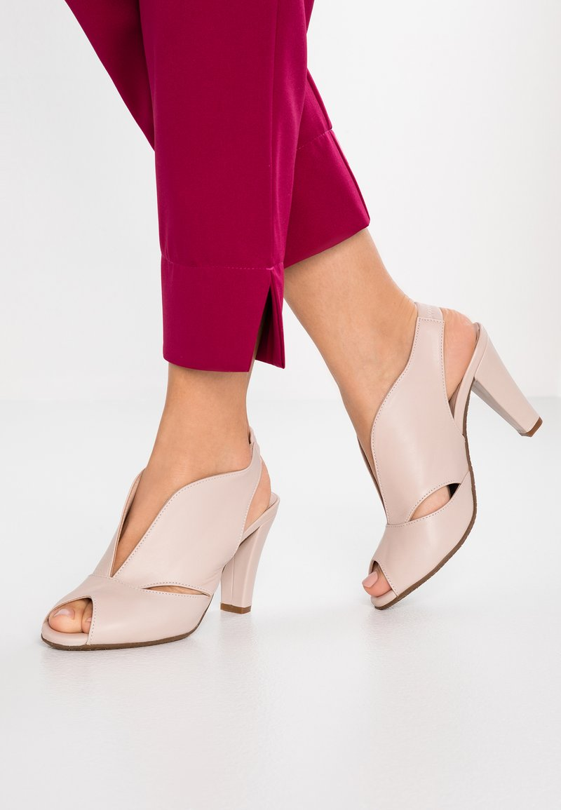 Carvela Comfort - ARABELLA - Høye hæler med åpen front - nude