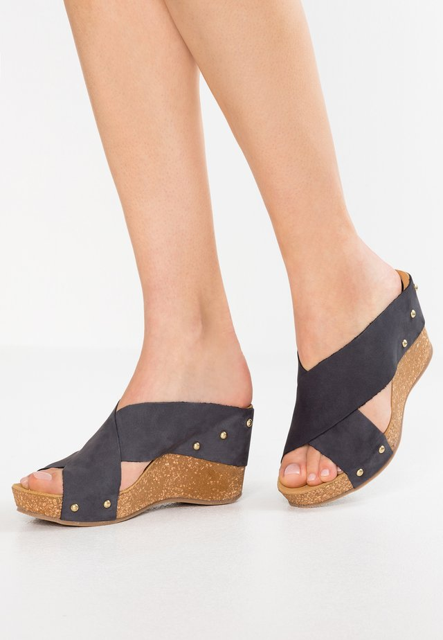 SOOTY - Pantolette hoch - navy