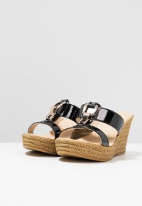 Carvela Comfort - STEVIE - Pantofle na podpatku - black - 4