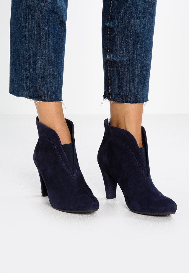 RIDA - Ankle Boot - navy