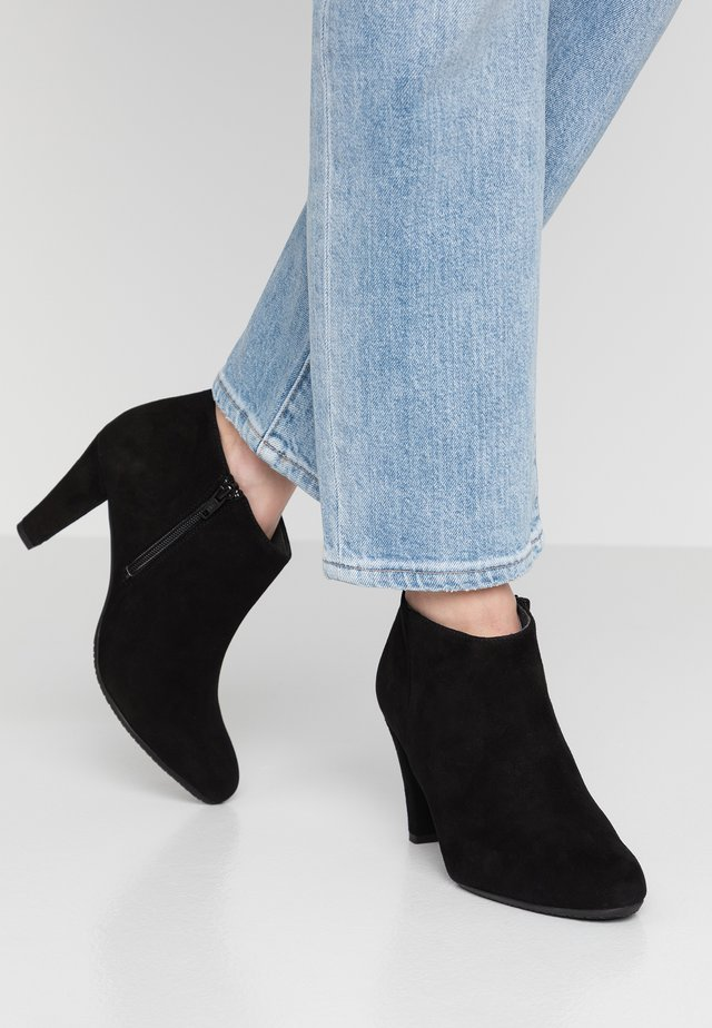 ROSS - Ankle Boot - black