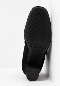 Carvela Comfort - RHONA - Classic ankle boots - black - 6