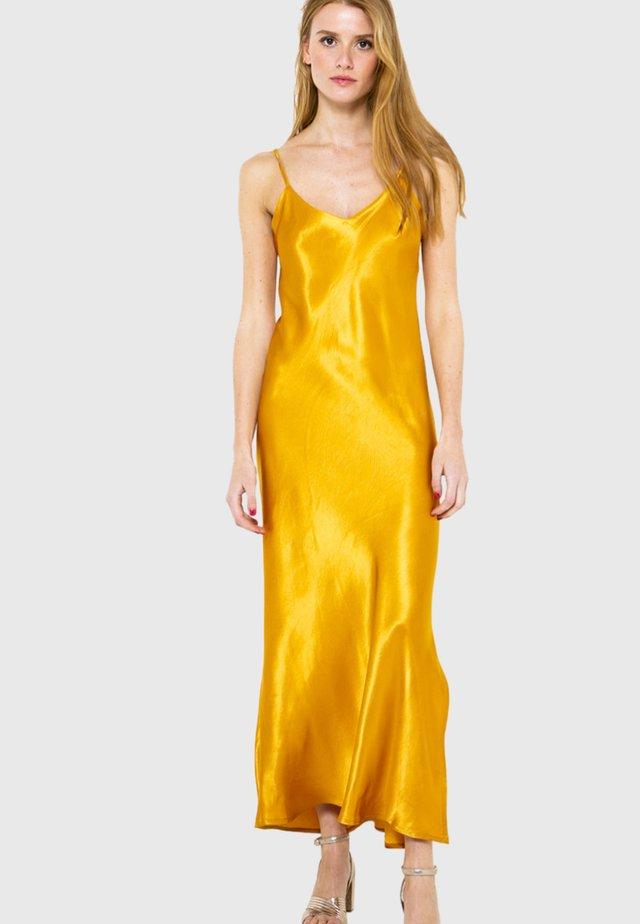 Robe longue - yellow