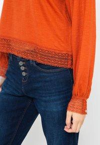 Camaïeu - T-shirt à manches longues - rust - 3