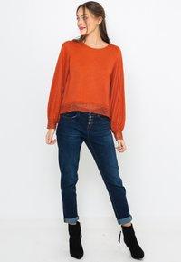 Camaïeu - T-shirt à manches longues - rust - 1