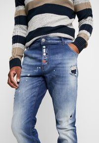 Carlo Colucci - Straight leg jeans - blue denim