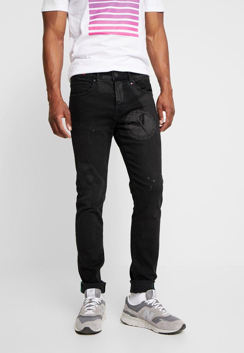 Carlo Colucci - Slim fit jeans - clack carlo
