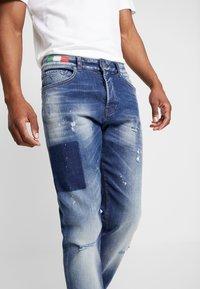 Carlo Colucci - Straight leg jeans - dark blue denim - 5