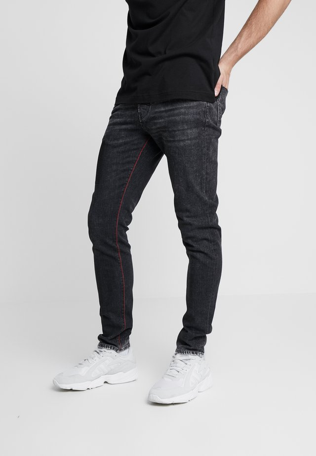 Tapered-Farkut - black denim