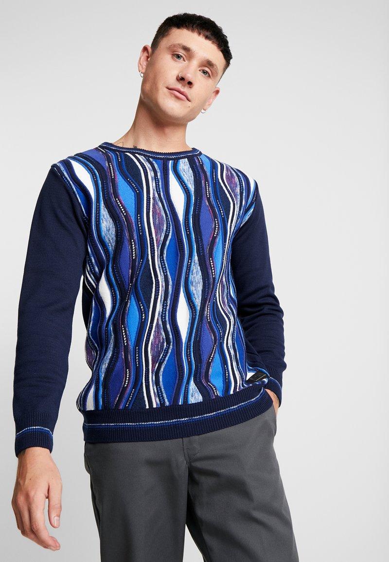 Carlo Colucci - Stickad tröja - navy royal