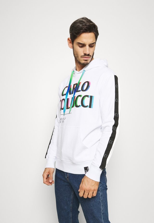 PRIDE HOODY - Jersey con capucha - weiss