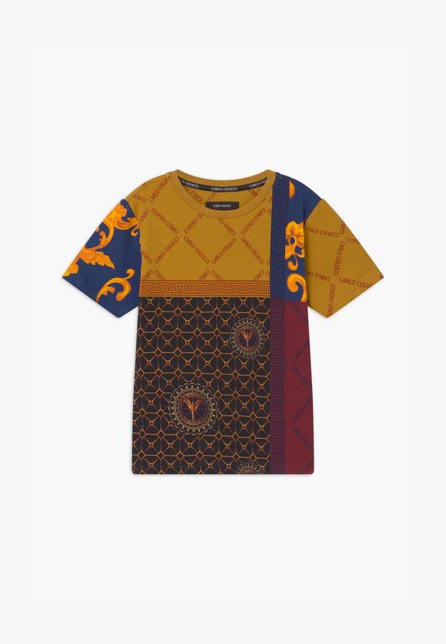 UNISEX - T-shirts print - bordeaux/black