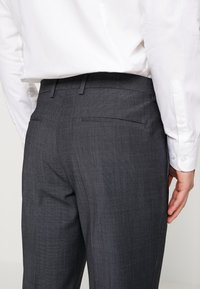 Calvin Klein Tailored - BISTRETCH DOT - Oblek - grey - 7