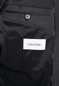 Calvin Klein Tailored - BISTRETCH DOT - Oblek - grey - 9
