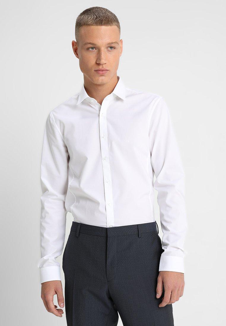 Calvin Klein Tailored EXTRA SLIM - Koszula biznesowa - white