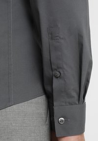 Calvin Klein Tailored - EXTRA SLIM - Koszula biznesowa - grey - 4