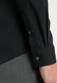 Calvin Klein Tailored - EXTRA SLIM - Finskjorte - black - 5