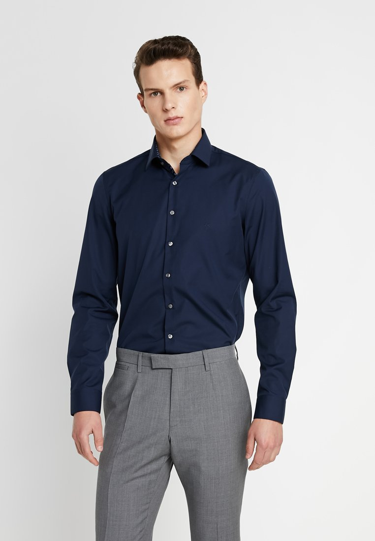 Calvin Klein Tailored - CONTRAST EASY IRON SLIM  - Formal shirt - blue