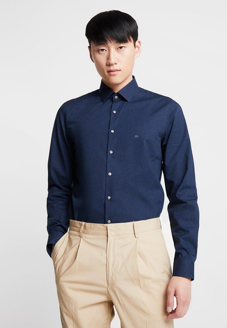 Calvin Klein Tailored - STRETCH SLIM - Business skjorter - blue